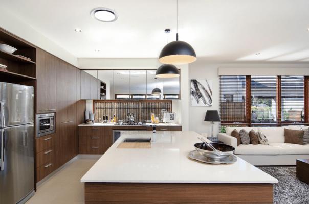 riva-aug-kitchen